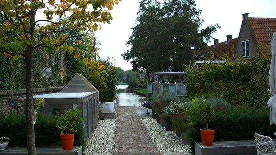 B&B Het Pakhuys: Garten