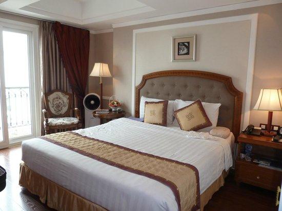 Gondola Hotel: Room 801