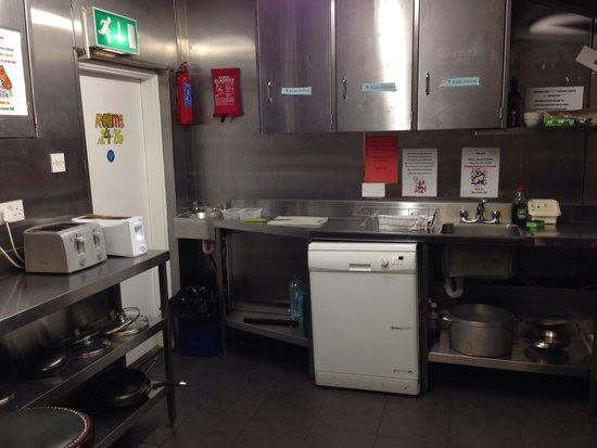 Times Hostels - Camden Place: Cozinha