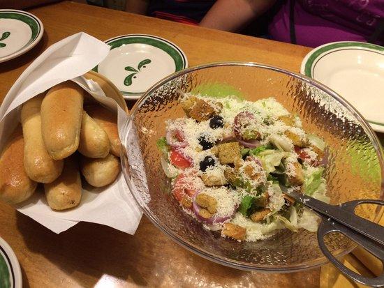 Entrada Divina Salada E P O De Alho Foto Di Olive Garden Orlando Tripadvisor