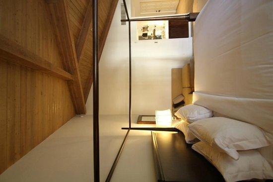La Casa del Zorro: Room