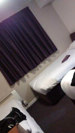 Premier Inn Glasgow (Cambuslang/M74, J2A) Hotel: bedroom