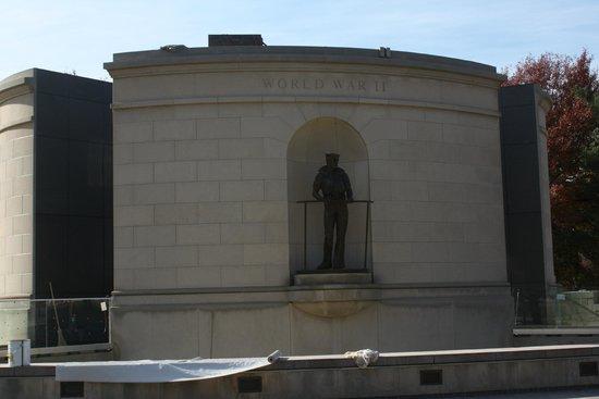 West Virginia Veterans Memorial: World War 2