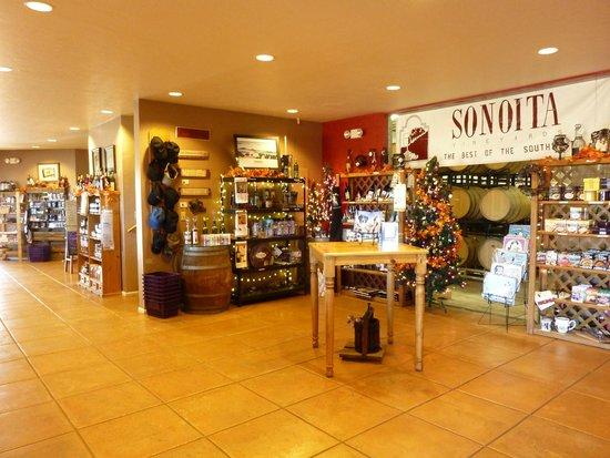 Sonoita Vineyards: Tasting Room and Gift Shop