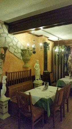 Corfu Restaurant Sdyluanos Rameodes