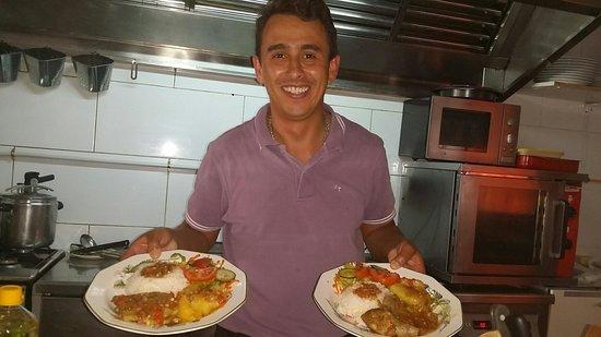 Art Cafè y Mucho Mas!: Fabio titolare e chef!