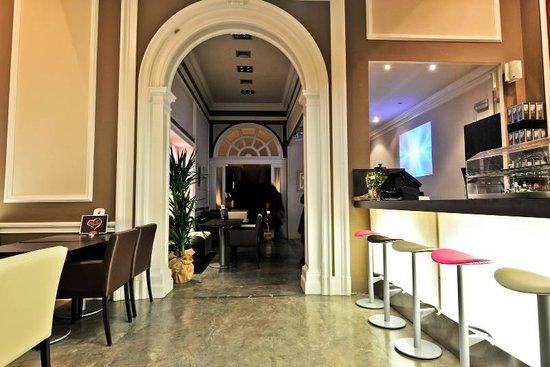 Cafe Te Quiero: Barra