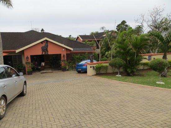 Main entrance Elephant Coast Guest House
