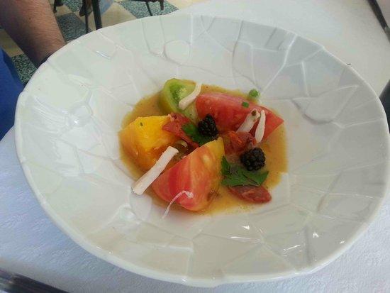Gemenos, Francia: Des tomates... en entrée