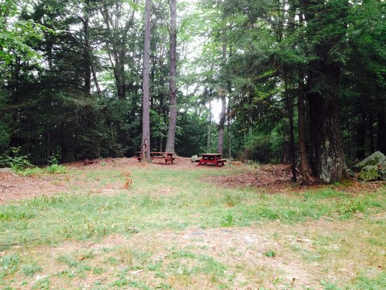 Athol, MA: The Picnic Area
