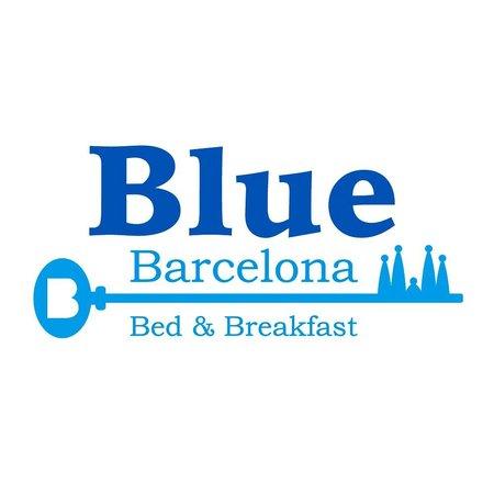 Vista exterior foto di blue barcelona bed breakfast for Blue barcelona