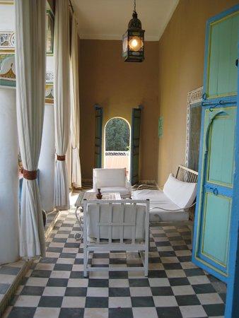 Riad Hida: Balcony off room