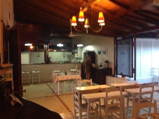 Posada Galeria La Corsaria: Área de refeição da pousada