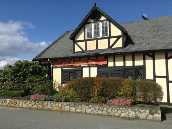 Quality Inn Waddling Dog: the pub