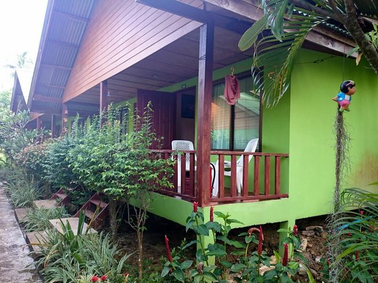 Pada Hotel: bungalow avec climatisation