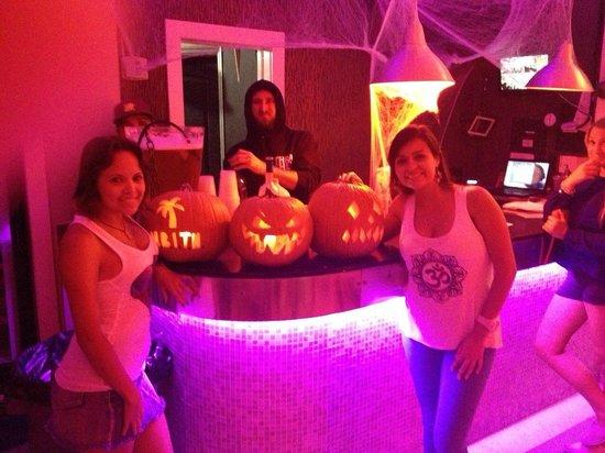 Miami Beach International Traveler's Hostel: haloween