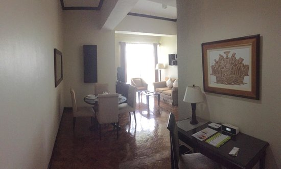 Parque Espana Residence Hotel : Wonderful Living room is totally enough for me to have meeting