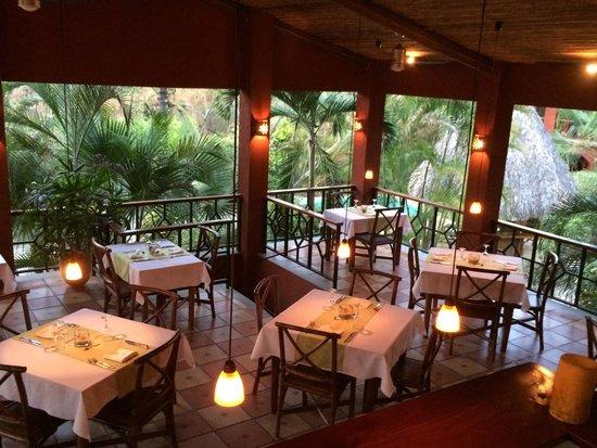 Hotel Cantarana: Restaurant