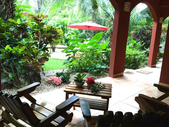 Hotel Cantarana: Garden view from the room