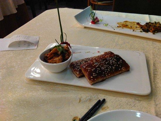 La Perle International Hotel: Roast Pork with Caramel - get it!