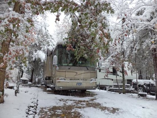 Smoky Bear Campground & RV Park: Snow? Really?