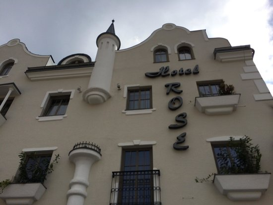 Hotel Rose : Charmoso Hotel