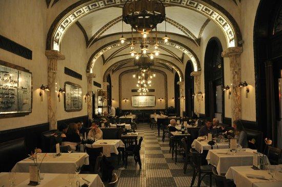 Callas Café & Restaurant : Dining room