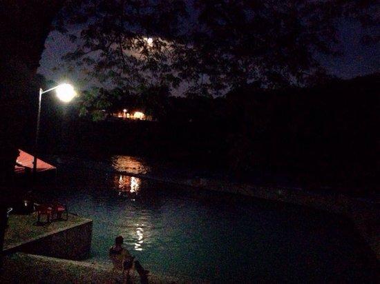 El Carrizal Hotel Spa & Aguas Termales: Excelente lugar para tener un momento de relajación en las aguas termales.