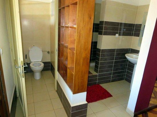 La Residence Camelia : Bad - Toilette