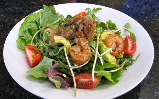 Bistro Celeiro: Prawn salad starter