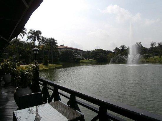 The Club Saujana Resort: Park Landscape