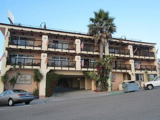 Inn at Avila Beach: View of the front of the Inn