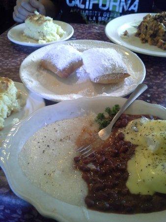 Lucile's Restaurant: breakfast for two