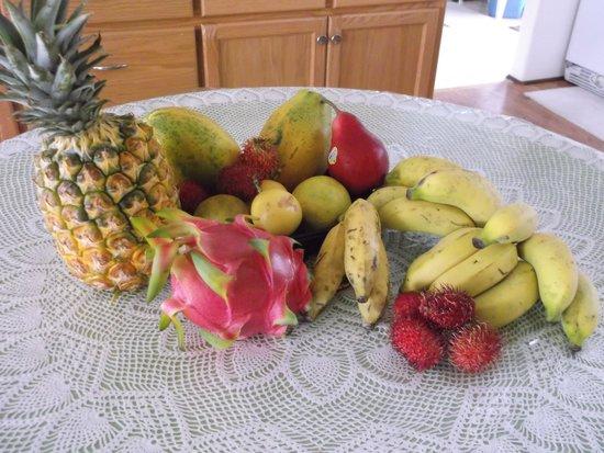 Pagoda Hotel: 安い果物