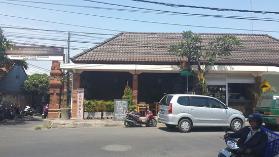 Pengkola Warung