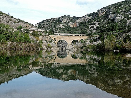 le pont photo de pont du diable saint jean de fos tripadvisor. Black Bedroom Furniture Sets. Home Design Ideas