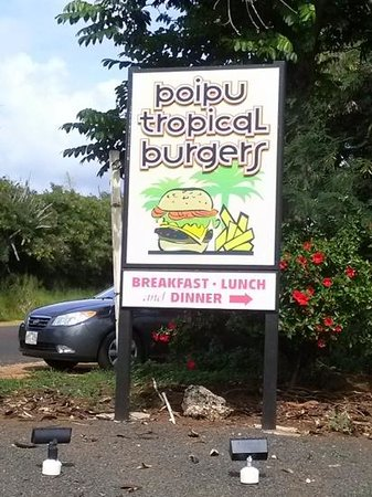 Poipu Tropical Burgers: the back entrance makes Easier parking