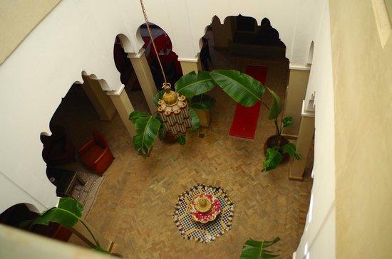 Riad Shama : courtyard outside room