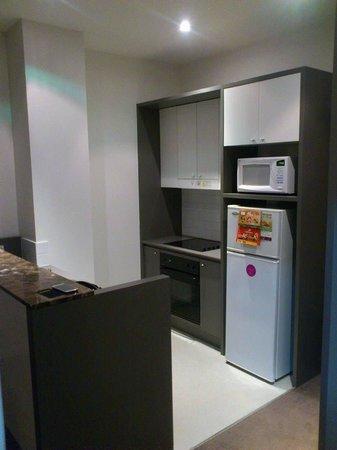 Adina Apartment Hotel Sydney, Central: Kitchen