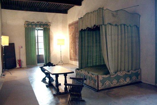 Camera foto di castello della manta manta tripadvisor for Planimetrie della camera a castello