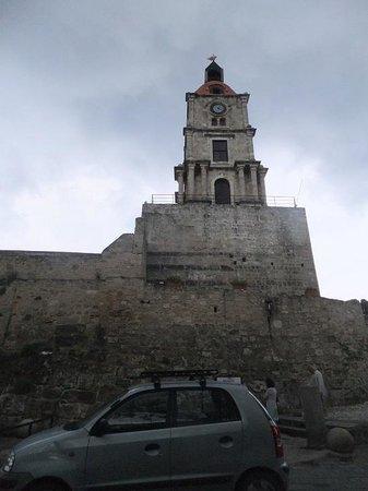 時計塔 - Picture of Roloi Clock Tower, Rhodes Town - TripAdvisor