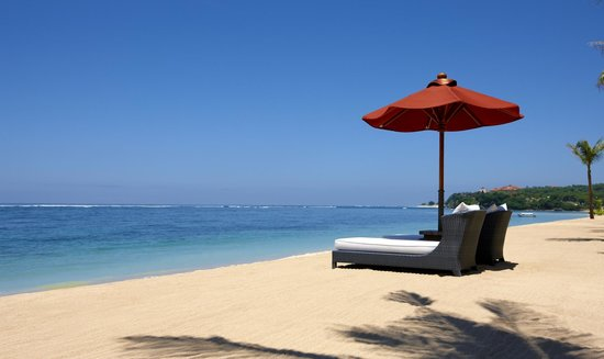 The St. Regis Bali Resort: Resort Beach Afternoon Ambiance