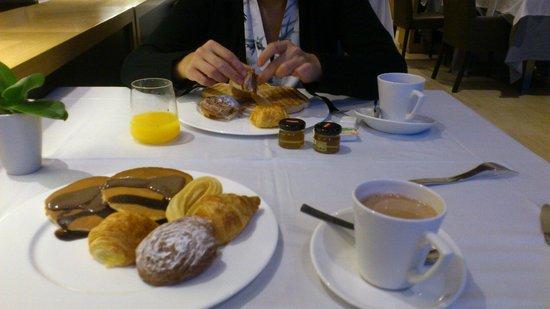 Gran Palas Hotel : Petit déjeuner