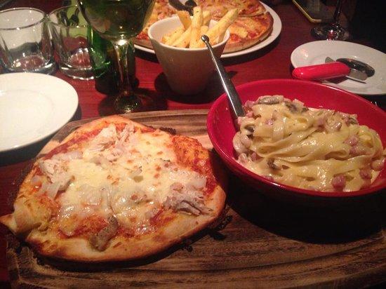 Alberto's Kitchen: Food!