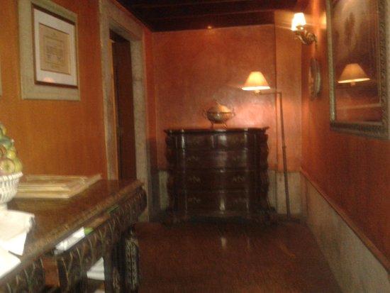 Artigiano: Hall de acesso a varanda 2