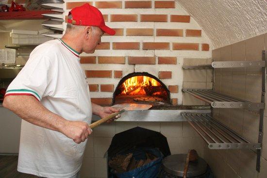 Pizza Feu De Bois Montpellier - Alex Titone Feu de bois Photo de Pizza Siciliana, Castelnau le Lez TripAdvisor