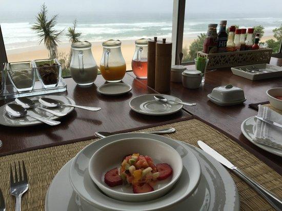 The Pink Lodge on the Beach: Das Meer zum Frühstück!