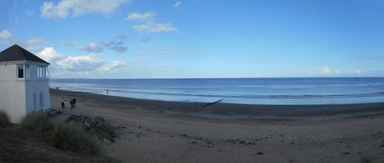 Kelly's Resort Hotel & Spa: Kellys Rosslare - the beach, 1 minute from hotel
