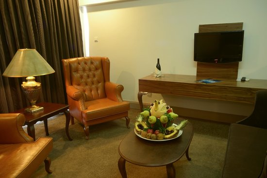 Kyrenia District, Cyprus: Oscar Resort King Suite Room