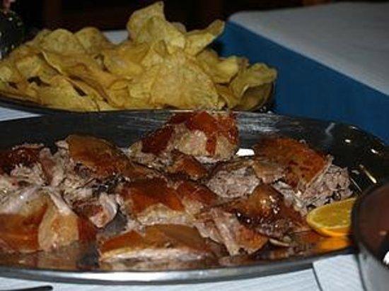 Restaurante O Beiral: LEITÃO Á BAIRRADA